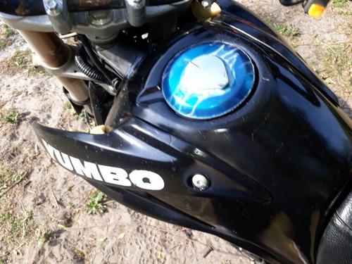 yumbo shark 200