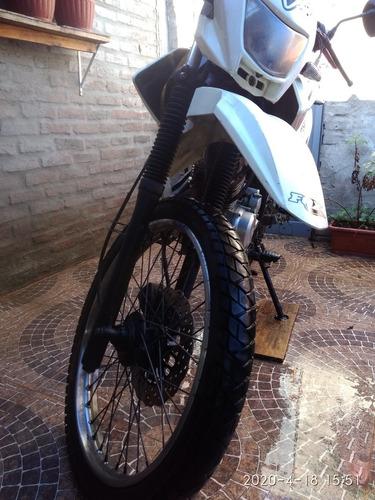 yumbo skua 125cc