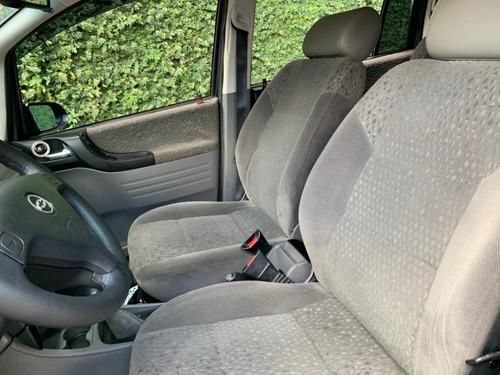 zafira 2006  2.0 elegance flex power aut. 7 lugares