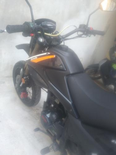 zanella motard ztt 200