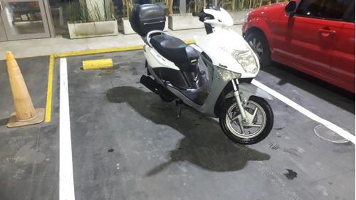 zanella  scooter styler 150
