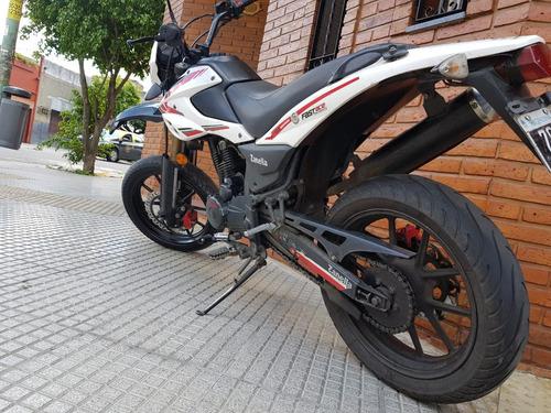 zanella ztt 200  motard impecable