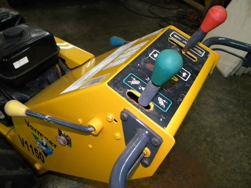 zanjadora usada propulsada vermeer v1150