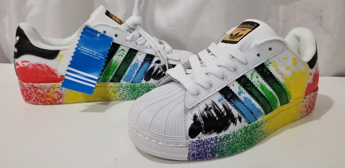 0478f86c80eb51 zapatilla adidas superstar lgbt paint envio gratis cuotas. Cargando zoom.