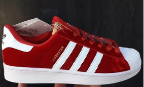 b6bb941919b Zapatillas Adidas Superstar Gamuza Roja - Zapatillas en Mercado ...