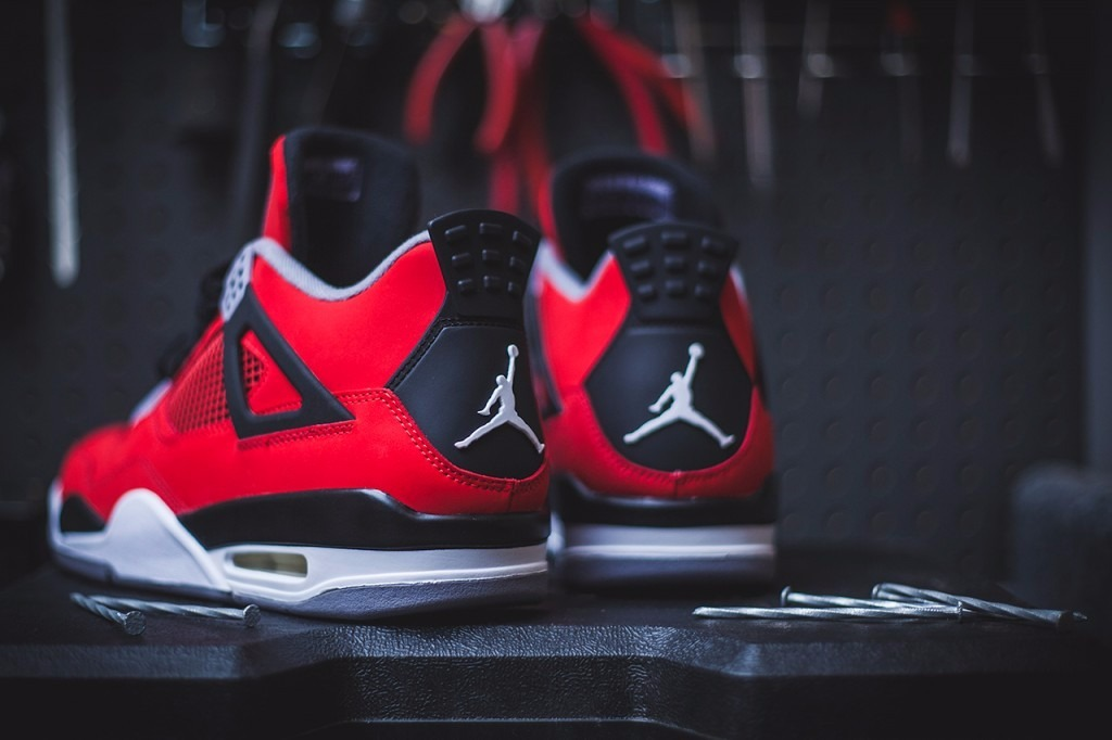 precio de jordan retro 4