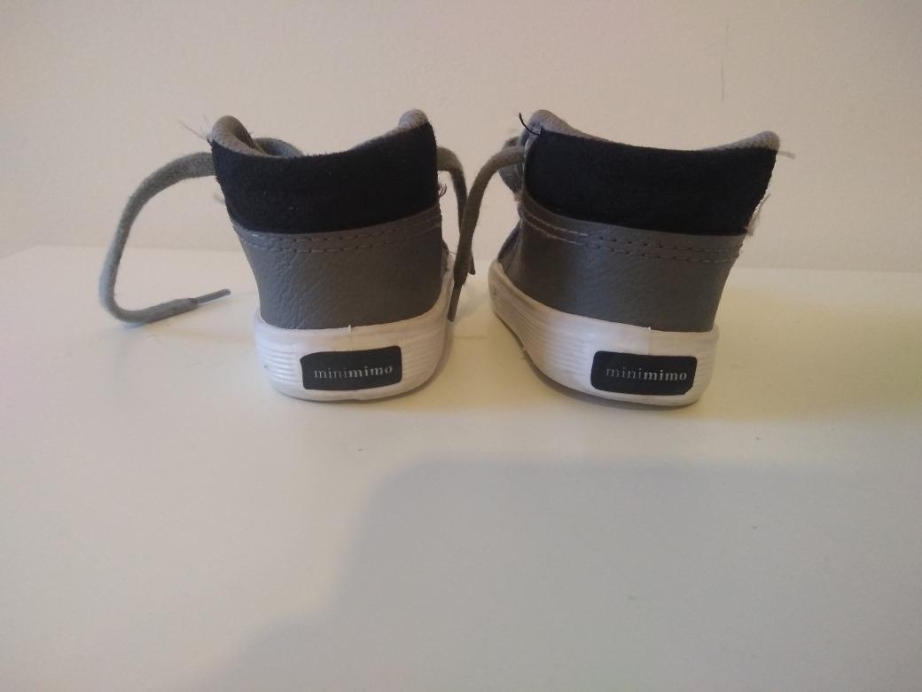 f2ec8552d59 zapatilla botita cuero mini mimo nene. Cargando zoom.