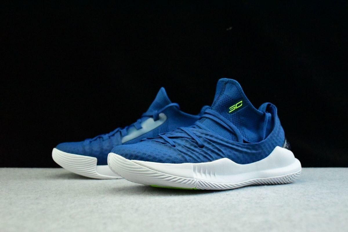 55b64bd4abd8a Zapatilla De Basquet Under Armour Curry 5 - A Pedido -   5.390