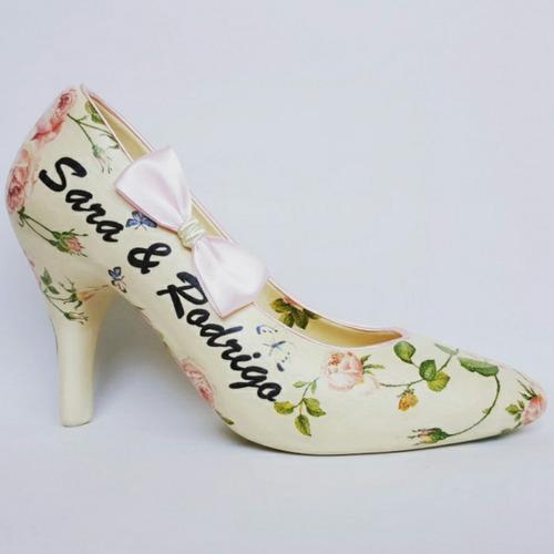 zapatilla para dinero. zapatilla para boda.