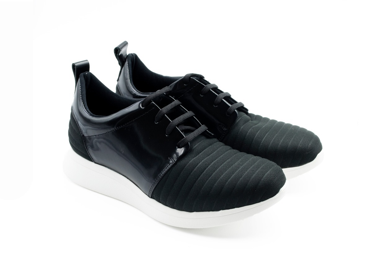 8ef9f35ae zapatilla tipo zapato para hombre de cuero y suela de goma. Cargando zoom.