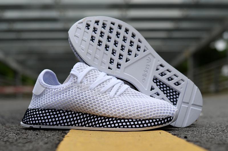 d380e6b24b934 zapatillas 1 adidas deerupt runner blanco con negro. Cargando zoom.