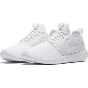 80e76e44b05 Tenis Nike Roche Negras en Mercado Libre Perú