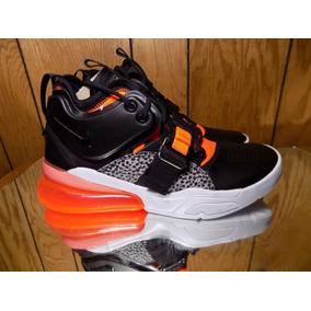 b6140a2994f Zapatillas Nike Quantum Force - Ropa y Accesorios en Mercado Libre Perú