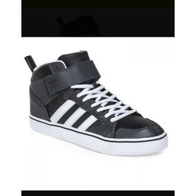 00d4ef8d378c0 Zapatillas adidas River Plate Varial Low. 19 vendidos - Buenos Aires ·  adidas Bota Skate Original