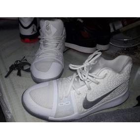faf36df8618 Lebron Blancas Hombres Nike - Zapatillas