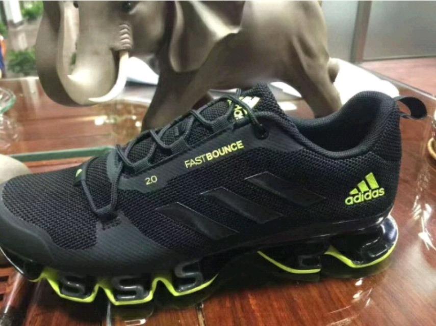 88a96dfef1 Zapatillas adidas Bounce Hombre -   145.000 en Mercado Libre