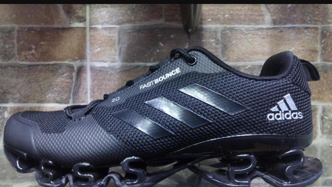 93c162dbcc5 Zapatillas adidas Bounce Hombre -   145.000 en Mercado Libre
