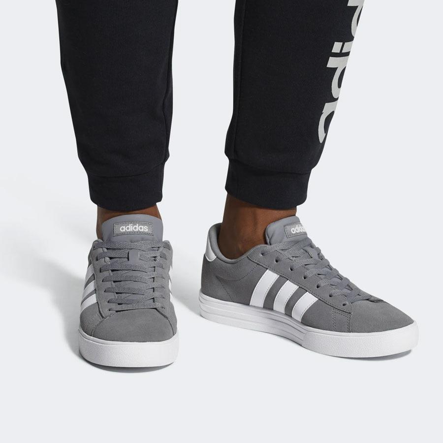 zapatilla daily adidas
