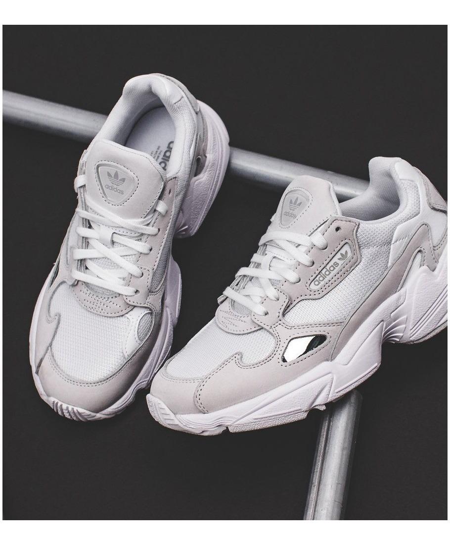 Zapatillas adidas Mujer Falcon B28128 Originales Y Nuevas