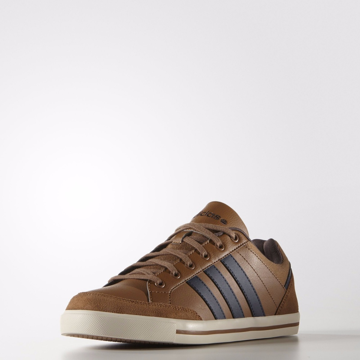 zapatillas marrones adidas