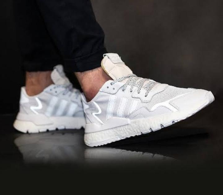 zapatillas adidas hombre 270