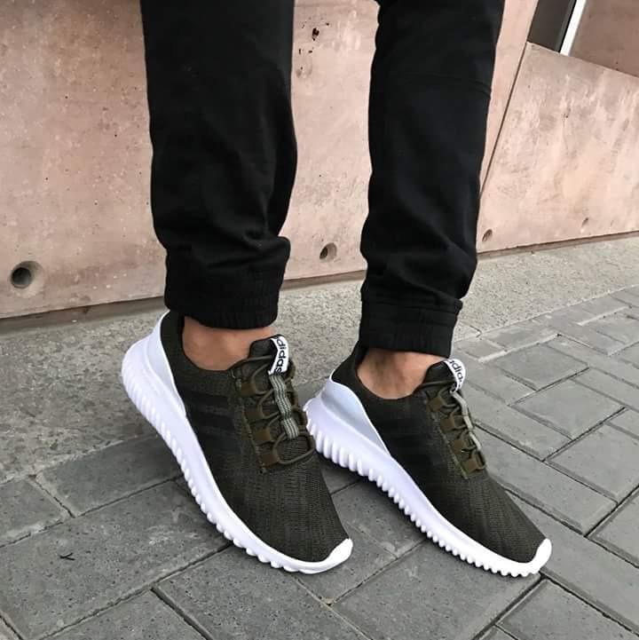 low priced b65fb 955fb Zapatillas adidas Para Hombre Moda 2018 - S  110,00 en Mercado Libre