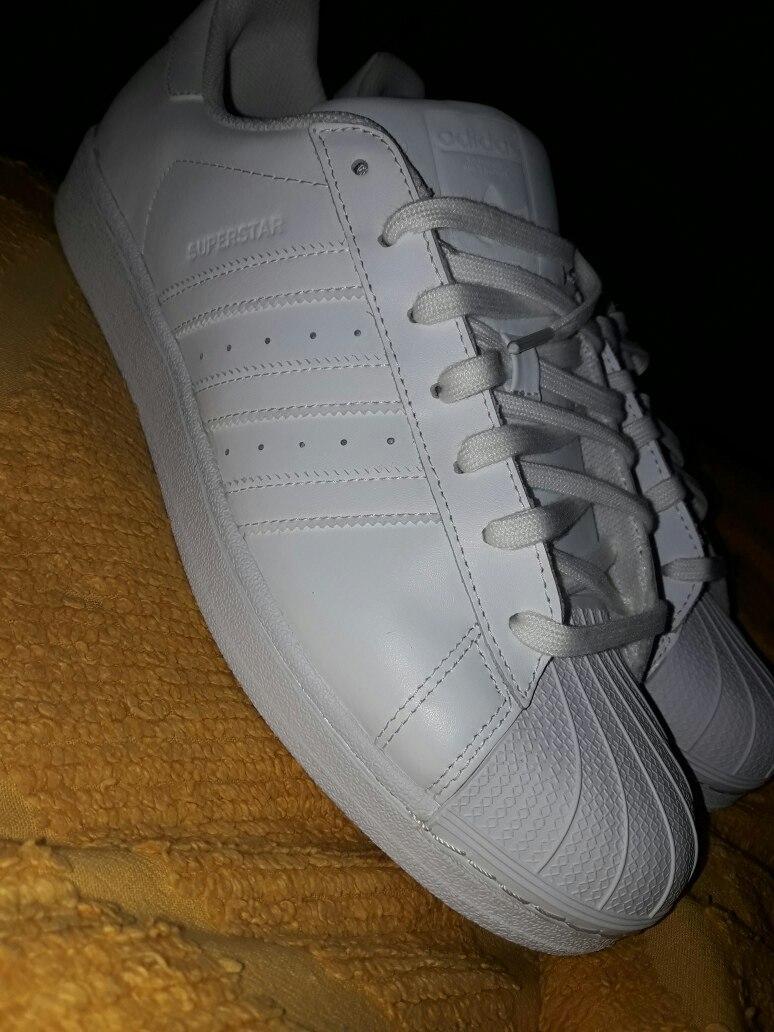 adidas blancas nuevas