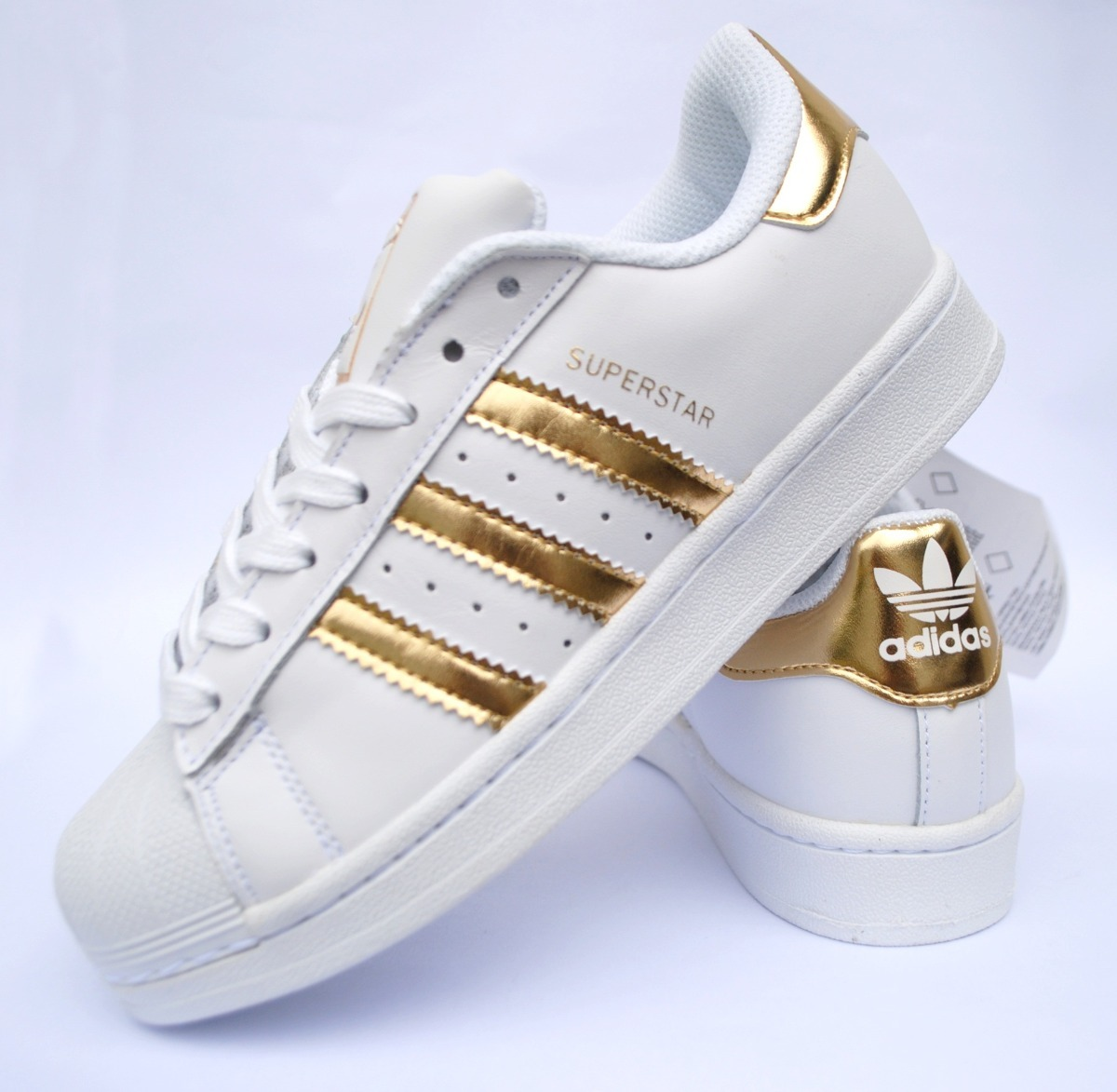 bc75b71794f1b Zapatillas adidas Superstar Blanco Dorado