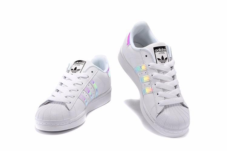 7edf0237bd928 Zapatillas adidas Superstar Clasica Tornasol   Sneakerbox -   54.990 ...