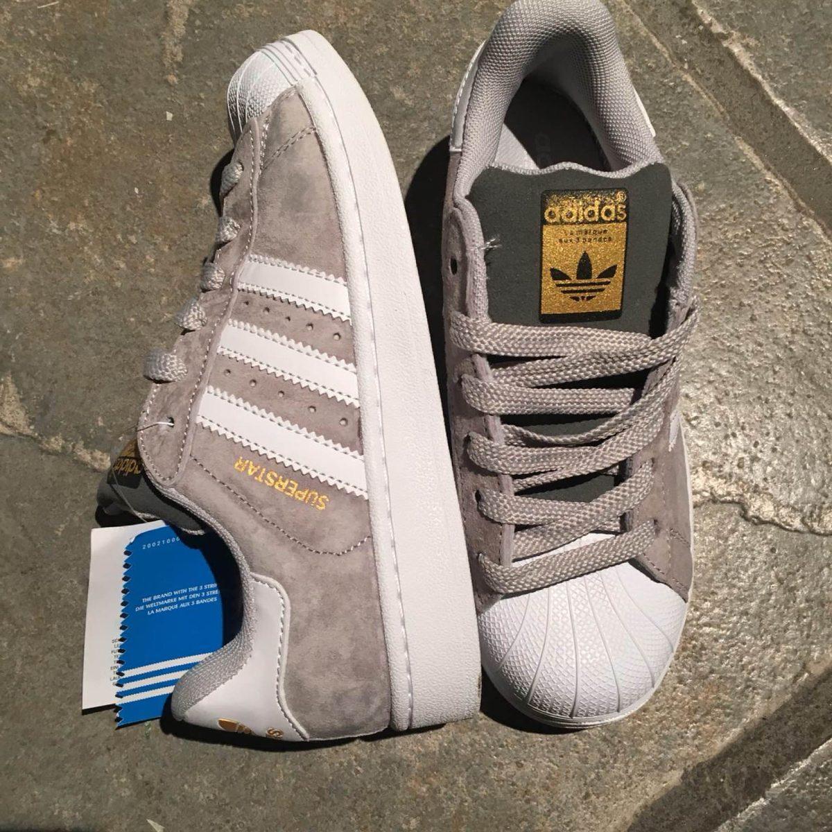 56e0e5df3465b Superstar Gamuza Gris Originales Adidas Blanca Y Zapatillas aq5tv4wW