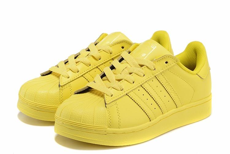 the best attitude 3967e d4508 ... discount zapatillas adidas superstar pharrell williams color amarillo  6de08 a68b6