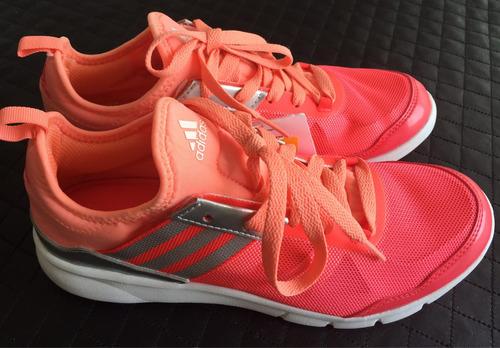 zapatillas adidas training nuevas talle 37 y 1/2