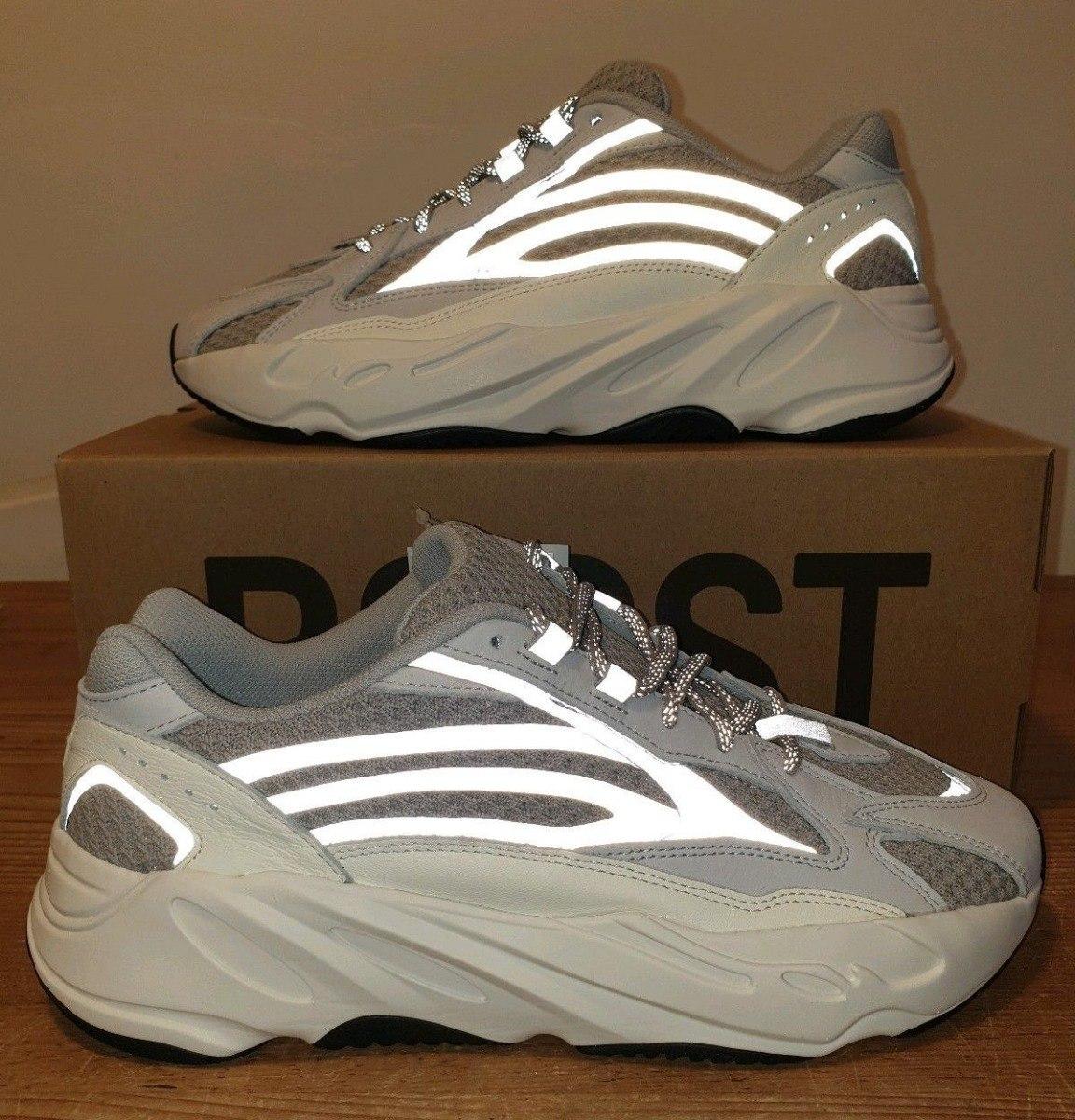 891938347 Zapatillas adidas Yeezy 700 V2 Static Wave Runner - S  400