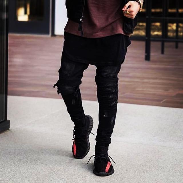 adidas yeezy bost negras y rojas