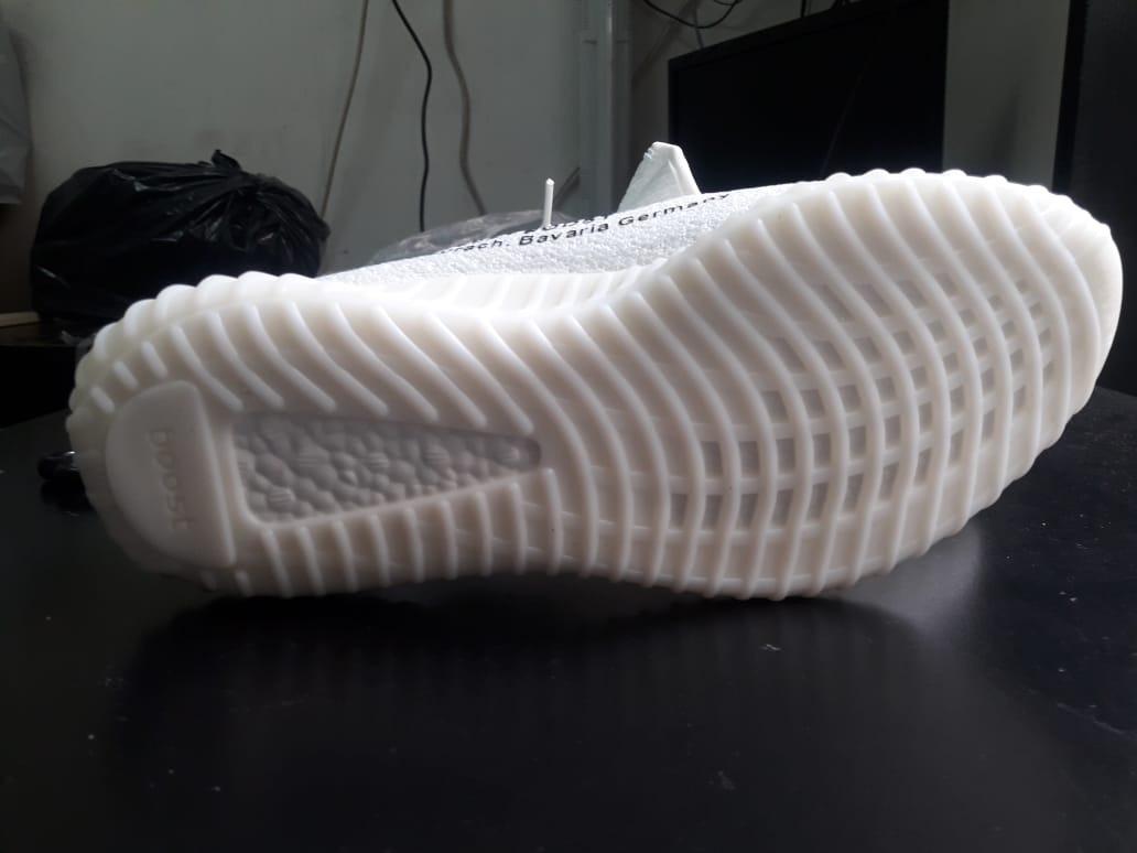 5e24e02eb70 zapatillas adidas yeezy boost 350 v2 off white blancas. Cargando zoom.