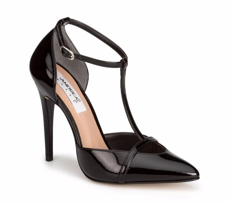 ce464062db7 Zapatillas Andrea Elegante Charol Negro Tacón Fino 563 -   849.00 en ...