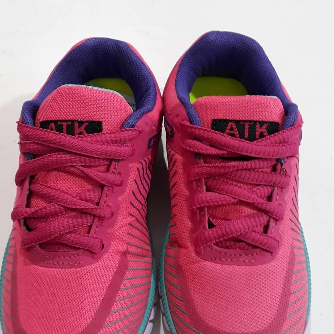 100167b17 zapatillas atomik running rosa nenas deportivas importadas. Cargando zoom.