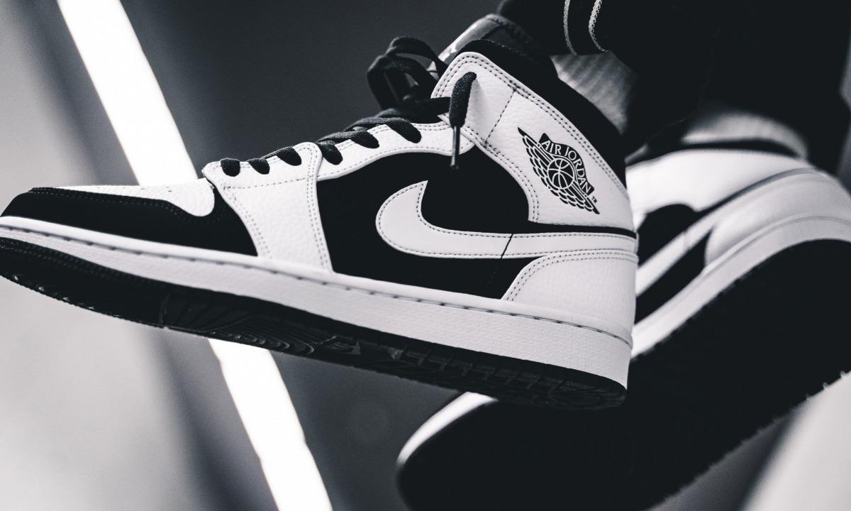zapatillas blanca negra nike
