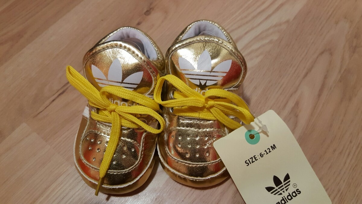 7e3b408f9 zapatillas bebe adidas no caminantes. Cargando zoom.