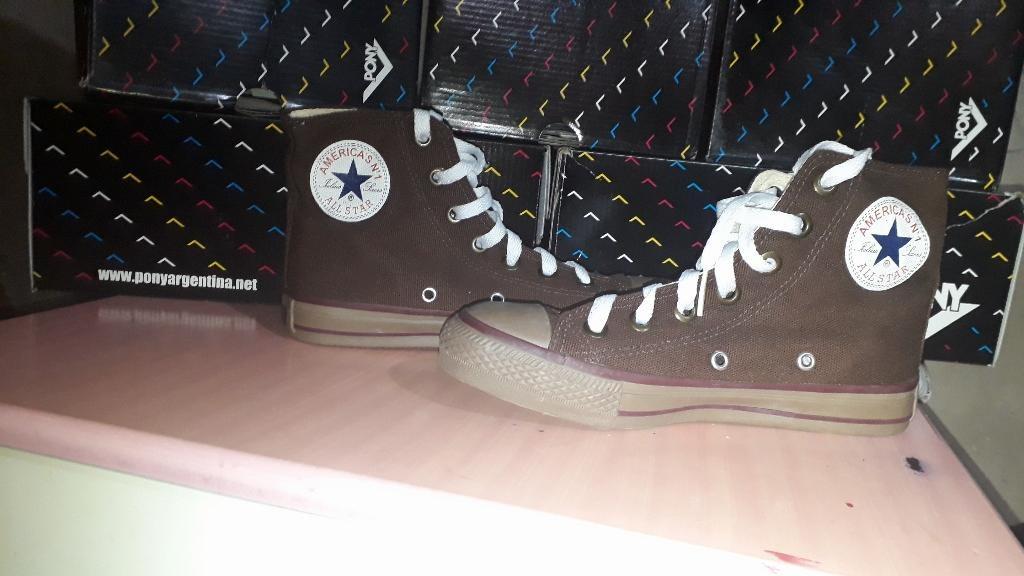 a4df2d877 zapatillas botitas all star nuevas numero 35. Cargando zoom.