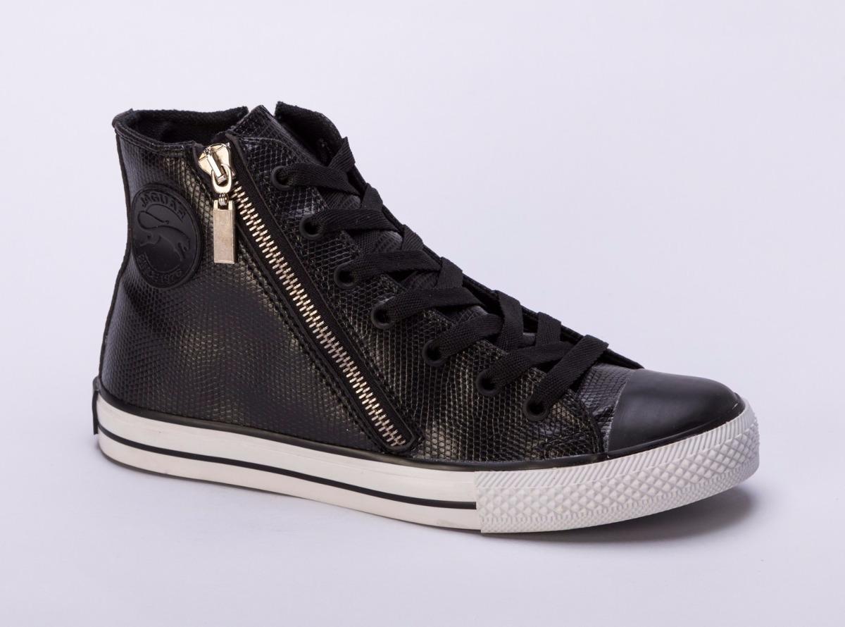 Y ahora que ya conoces estos tipos de botas para mujer te invito a que inviertas en los que mejor te van y a los que más provecho puedas sacarles.