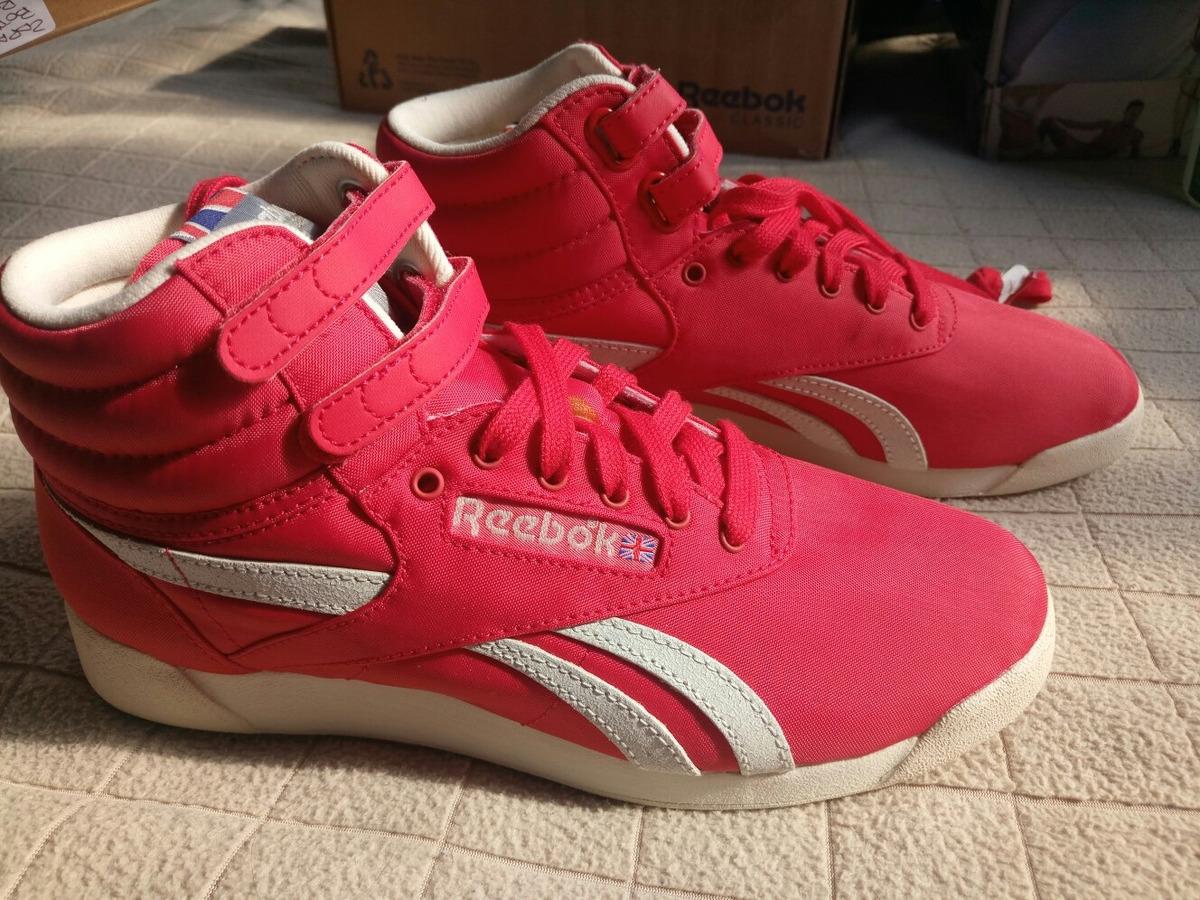 b5fe9ef7b50 zapatillas botitas rojas marca reebok numero 37.5. Cargando zoom.
