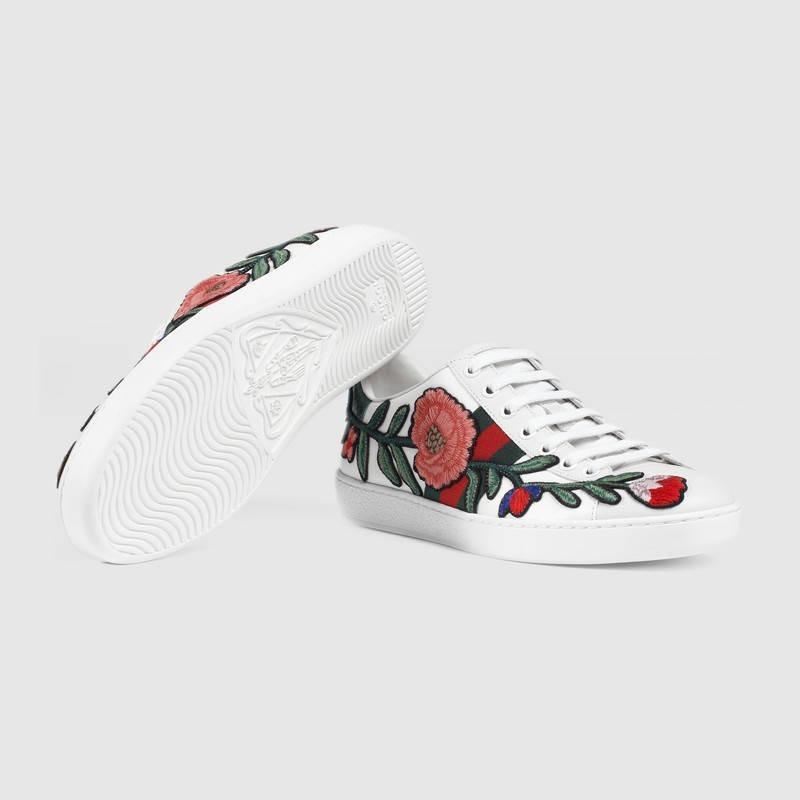 zapatillas dama gucci bordadas. Cargando zoom. 950f012646f