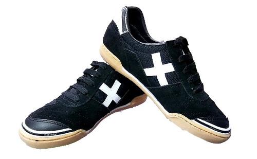zapatillas deportivas x de futbol, futsala o algo casual