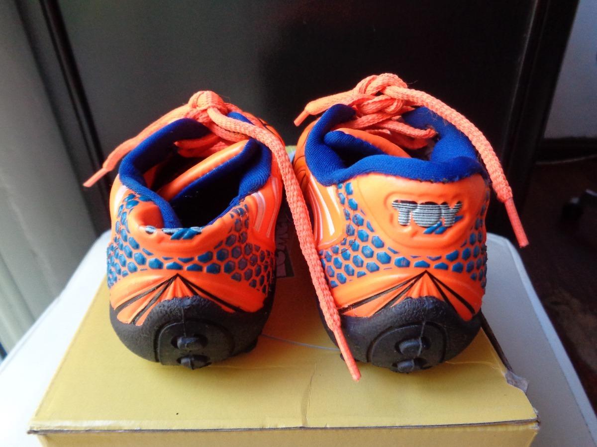 be6a6ce2 zapatillas infantiles marca toy 1 solo uso impecables!!! Cargando zoom.