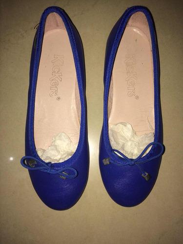 zapatillas kickers color azul para niña talla 32 poco uso