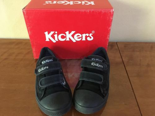 zapatillas kickers, niño talle 30, usadas.