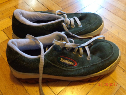 zapatillas kickers verdes talle 44. usadas en buen estado
