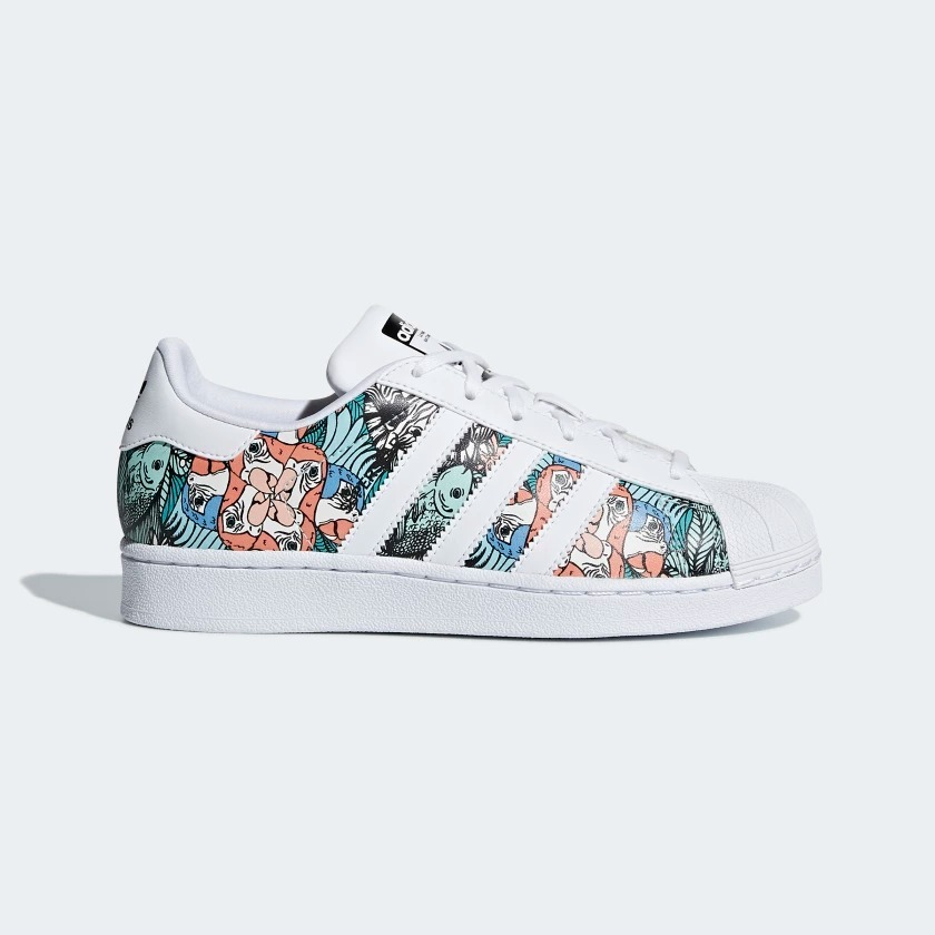 03754970c74 zapatillas lifestyle adidas superstar j mujer. Cargando zoom.