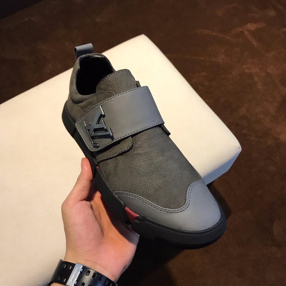 a41ec350609 Zapatillas Louis Vuitton   Made In Italy   2017 - 2018 - S  649